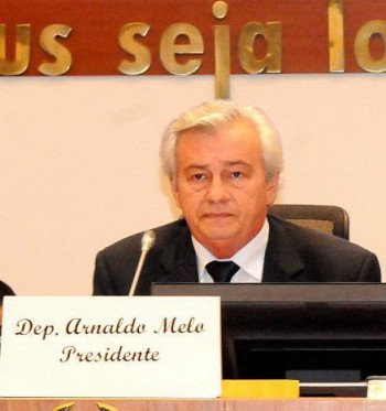 Presidente da AL, deputado Arnaldo Melo