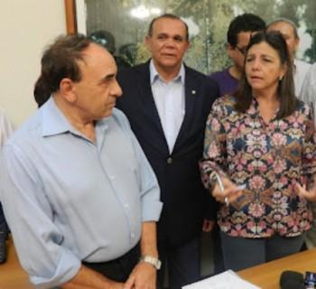 Sebastião Madeira ao lado de Chiquindo Escórcio e Roseana Sarney
