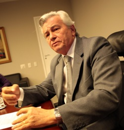 Presidente da AL, Arnaldo Melo
