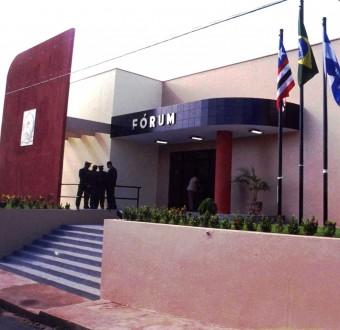 Fachada do Fórum de Bacabal, construído sem o projeto básico