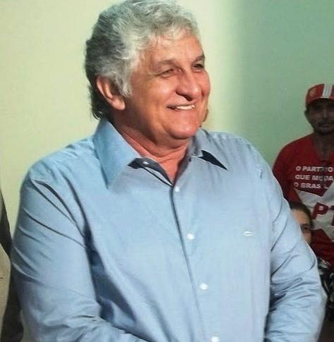 http://www.luispablo.com.br/wp-content/uploads/2013/11/Presidente-estadual-do-PT-Raimundo-Monteiro-2.jpg